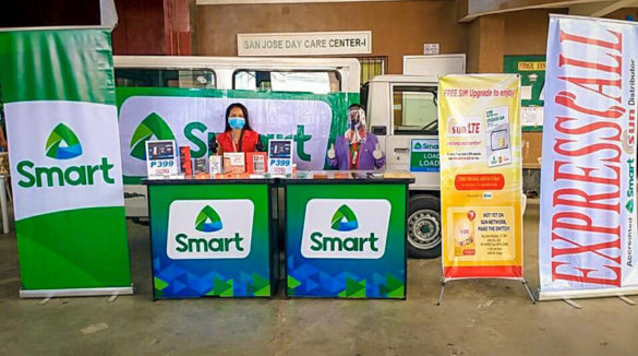 Load Retailers Benefit From Smart Mobile Stores