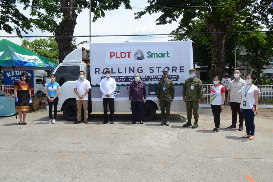 PLDT, Smart Launch Rolling Store for Frontline AFP Workers Through the PLDT-Smart Foundation