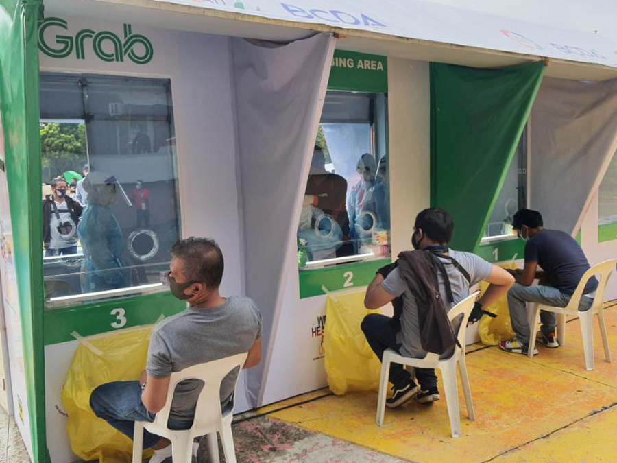 Grab, National Taskforce on COVID, BCDA Launches COVID-19 Testing Site for Driver- and Delivery-Partners in Metro Manila