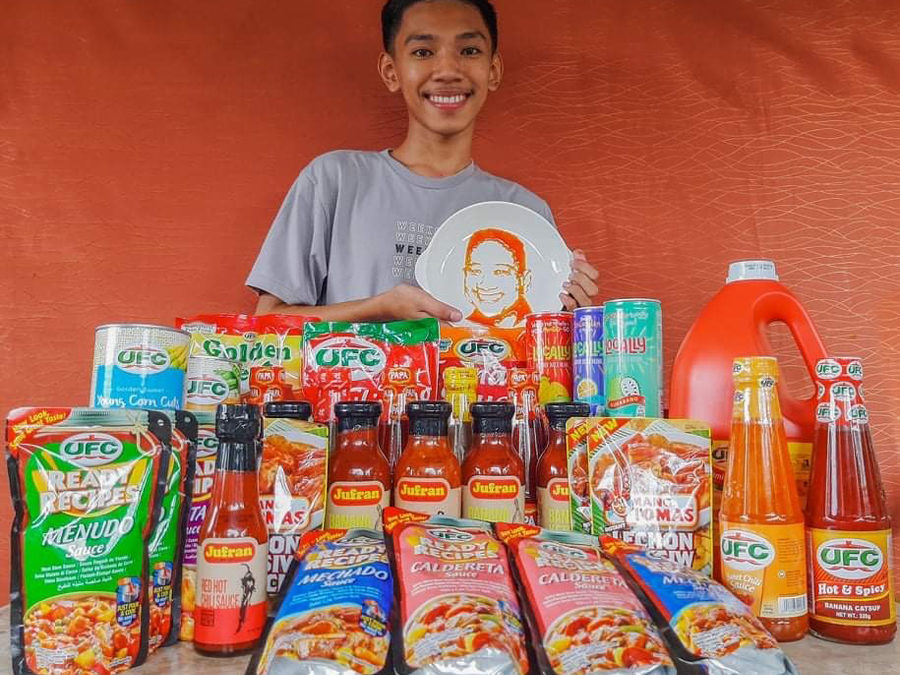 This Grade 12 Artist Can Make Awesome Artworks With Banana Catsup