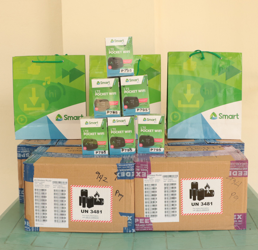 Smart Boosts Gadget Donation Drive for Deserving Marikina Students