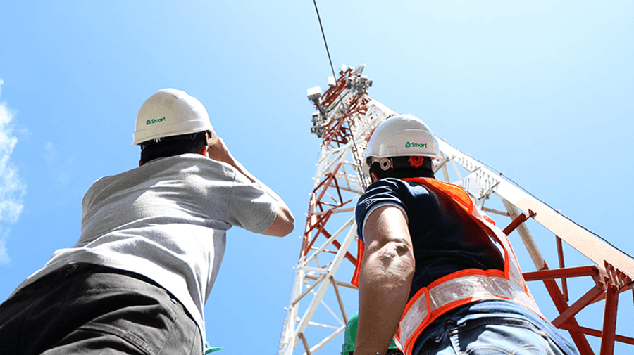 Smart Cited as One of World's Best Mobile Operators
