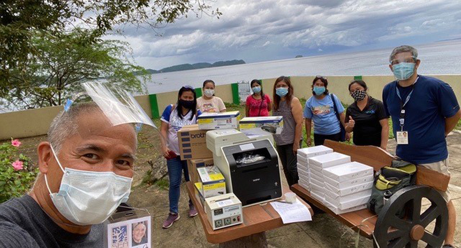 Brother Philippines and SEA Institute donate to Batangas pubic schools