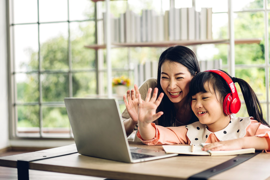 Giving your kids a better and safer online learning experience with WiFi technology