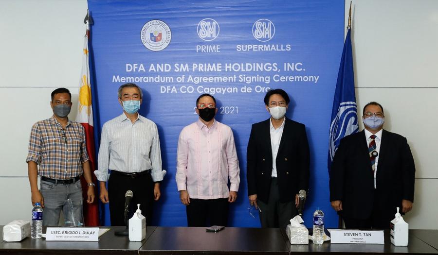 SM, DFA, signs agreement for consular services in CDO