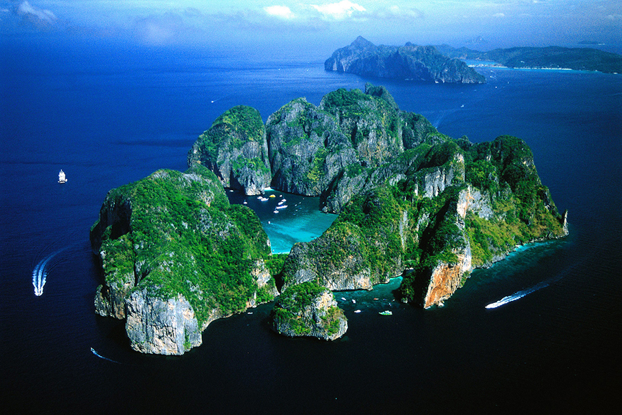 Thai Tourism Bustles Anew with Phuket Sandbox