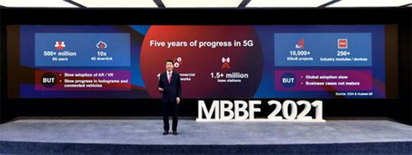 Ken Hu speaking on 5G development at MBBF 2021
